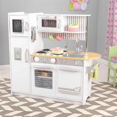 Деревянная кухня для мальчиков и девочек