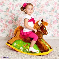 Детская игрушечная качалка