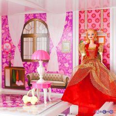 3-этажный кукольный дом с 5 комнатами, лестницей, мебелью и 5 куклами в наборе